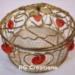 Code RGDB037,Designer metal basket for chocolate packing